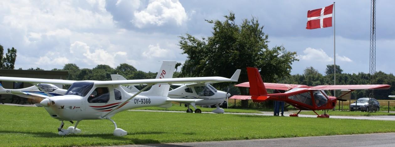 Haderslevflyveklub.dk  …..Klubmøde i sommerhalvåret hver mandag aften …ingen landingsafgift ! ..vi glæder os til at se dig !