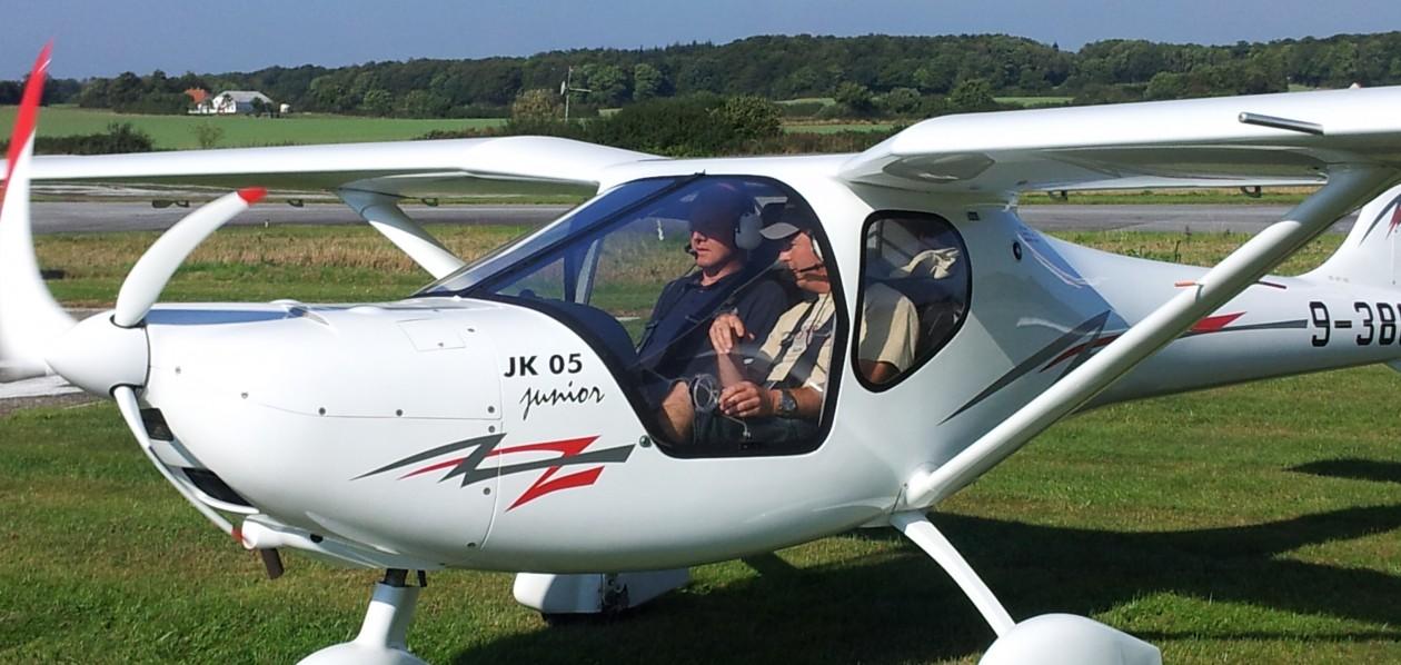 Haderslevflyveklub.dk  …..Klubmøde hver mandag aften i sommertiden …ingen landingsafgift ! ..vi glæder os til at se dig !