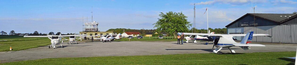 Haderslevflyveklub.dk  ….. i sommertiden holder vi klubaften hver mandag aften se i øvrigt kalenderen. Ingen landingsafgift ved besøg på klubaften.